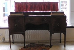 sideboard with curtain (2)